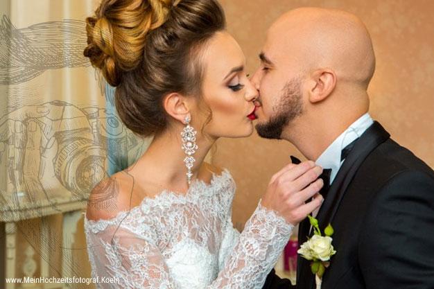 Hochzeitsfotos romantisch: Maria & Lucas Hochzeitsbilder! Lustige Tipps & Ideen fuer kreative Bilder Eurer Hochzeit © Hochzeitsfotograf Koeln FotoTipp