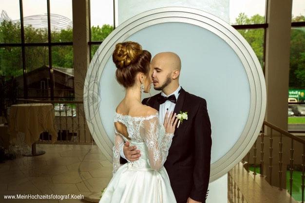 Hochzeitsfotos romantisch: Maria & Lucas Hochzeitsbilder! Lustige Tipps & Ideen für kreative Bilder Eurer Hochzeit © Hochzeitsfotograf Köln FotoTipp